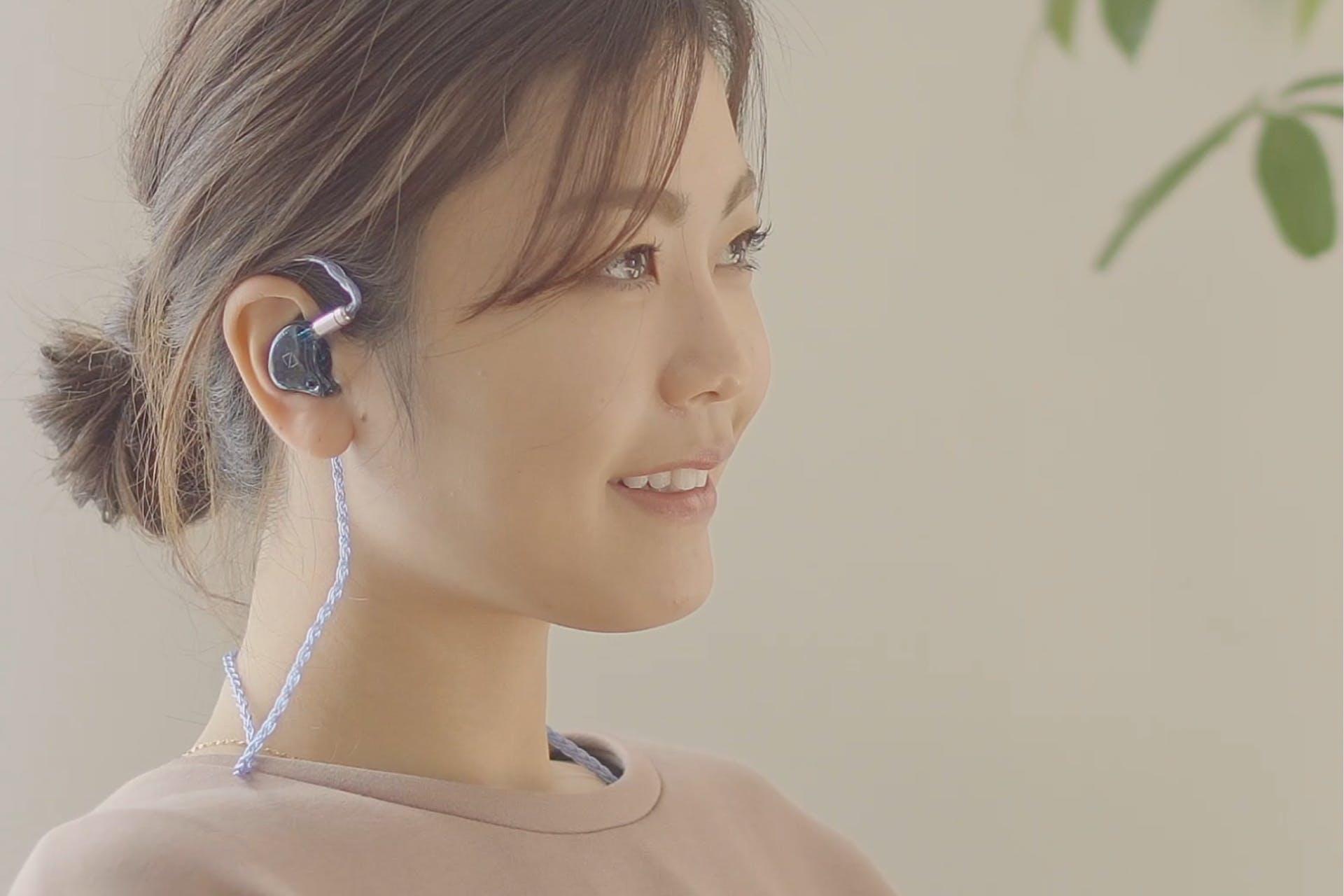 耳型からつくる完全フィット・カスタムイヤホン ear X